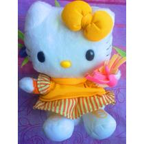 Hello Kitty Se Transforma En Hamburguesa Del Mc Donalds