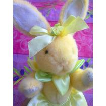 Conejo De Pascua De Peluche Vestido De Flor