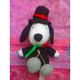 Snoopy Peluche Vestido De Gala Con Flor En La Boca