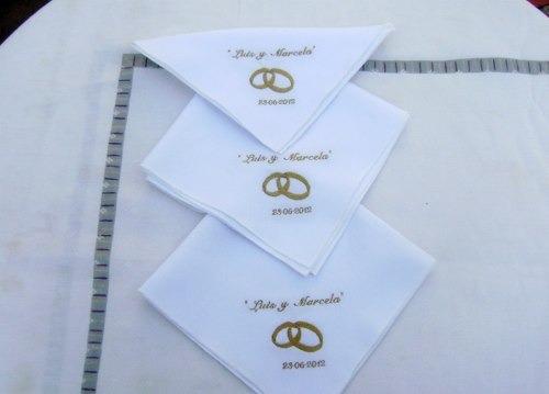 Servilletas bordadas de boda - Imagui