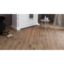 Piso Laminado Tekno Step Studio 8mm Colocado