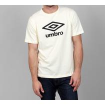 Playera Umbro Logo Classic Futbol