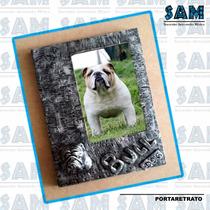 Portaretrato En Resina Bull Dog Perro Familia Recuerdo