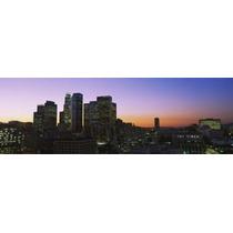 Silueta De Rascacielos En Anochecer Ciudad De Los Ángeles