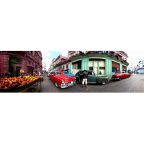 Poster (78 X 23 Cm) 360 Degree View Of Old Cars And Fruit