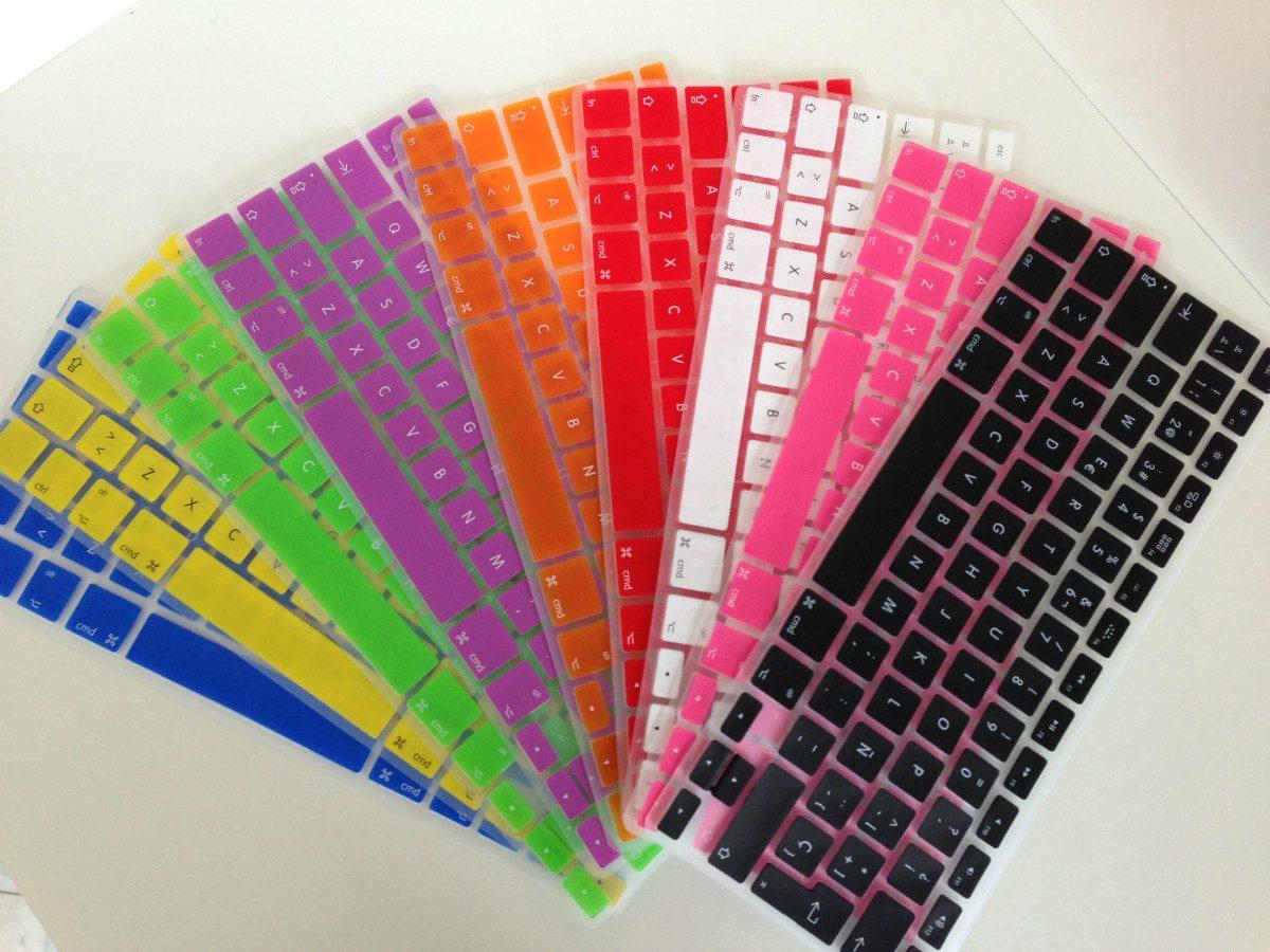 Paquete kit protector para macbook carcasa teclado mica en mercado libre - Fundas de plastico para tarjetas ...