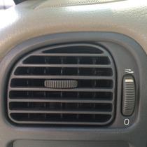2002 Volvo S40 1.9 Rejilla De Aire Acondicionado Chofer