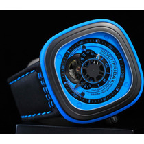 Sevenfriday P1/04 Azul & Negro Pvd 47mm Suizo Auto 2 Correas