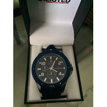 Reloj Unlisted By Kenneth Cole De Acero Inox Y Goma Azul