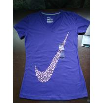 Playera Nike Logo Swoosh Fit Dama