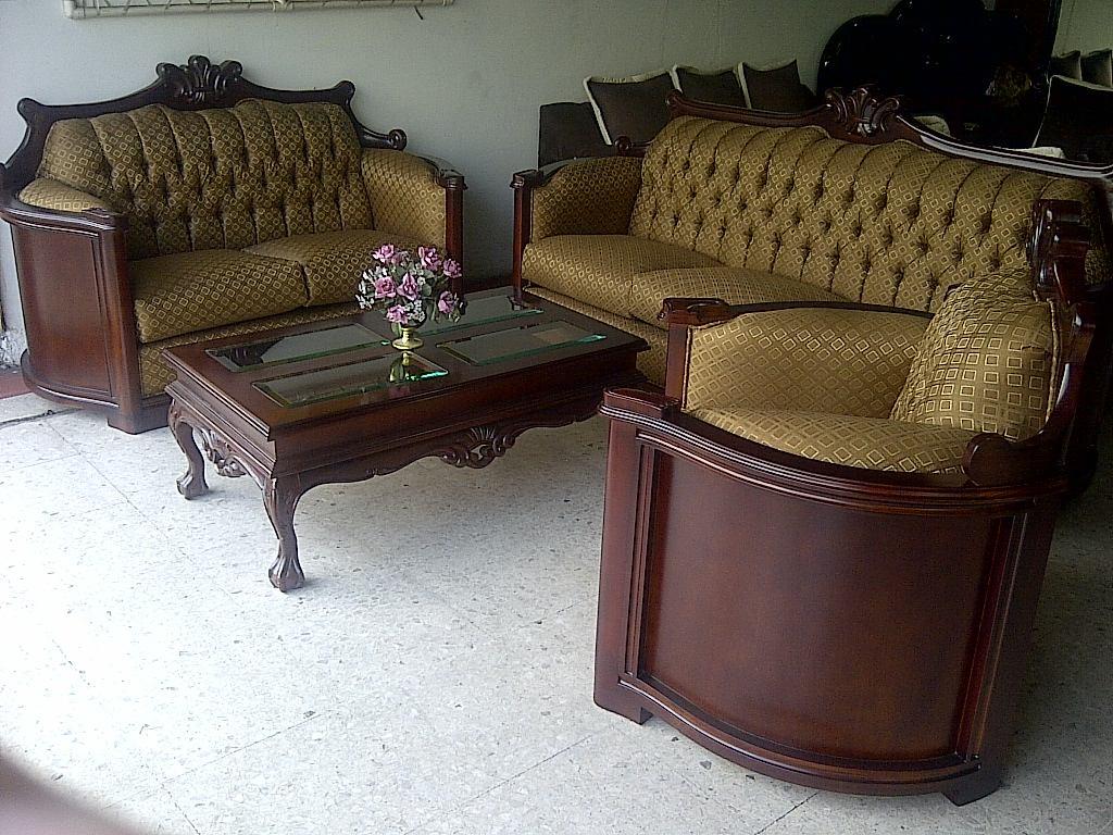 Muebles tallados en madera cedro 20170726094509 for Muebles estilo colonial