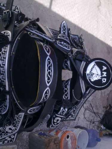 Silla De Montar ,montura Navajeada Plateada Nuevo Diseño !!
