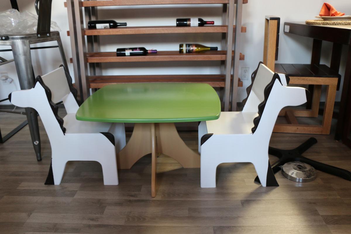 Sillas y mesas para sal n de fiestas 2 en for Mesas y sillas salon