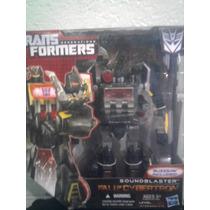 Transformers Generation Fall Of Cybertron Soundblaster Voyag