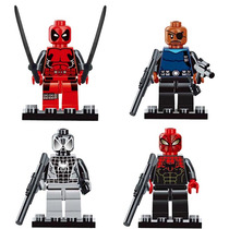 Set Deadpool Nick Fury Spiderman Gris Y Rojinegro Tipo Lego