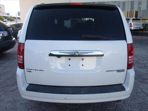 Chrysler Town & Country Lx, Color Blanco, Modelo 2009