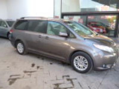 Toyota Sienna 2011 5p Xle Aut