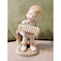 Figura De Nina En Porcelana Fina