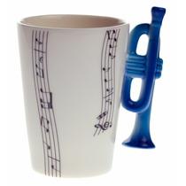 Taza Con Mango De Trompeta Y Notas Musicales Rectas