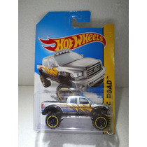 Hot Wheels Camioneta 10 Toyota Tundra Gris 131/250 2014