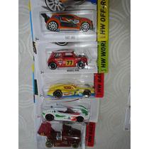 Hot Wheels Scoopa Di Fuego Fast 4wd Mini Morris Rig Storm