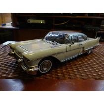 Cadillac 57 Eldorado Brougham 1/18 Sunstar