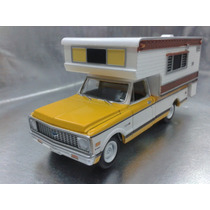Greenlight - 1972 Chevrolet C20 Cheyenne Con Caja