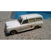 Mercedes Benz 220 S Ambulance De Tecno 1:32