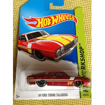 Hot Wheels Torino Talladega