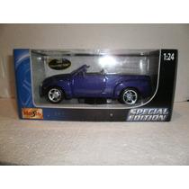 Maisto Special Edition 2004 Chevrolet Ssr Morado 1:24
