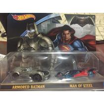 Hot Wheels Set 2 Piezas Armored Batman Y Man Of Steel