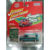 Johnny Lightning - 1976 Ford Van Econoline 100 Del 2002 #2