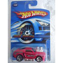 Hot Wheels 1968 Mustang Tooned 2006 Tarjeta Americana