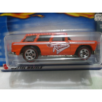 Hot Wheels Chevy Nomad 4/4 Clasico