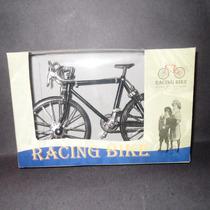 Bicicleta De Carreras Metal Troquelado Escala 1:10 Nueva