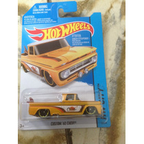 Ñu* Hot Wheels Custom 62 Chevy (amarilla) 2015