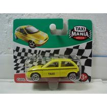 Taxi Mania Taxi Compacto Queretaro Amarillo 1:64