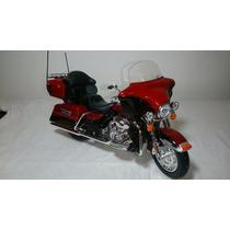 Moto A Escala Harley Davidson Electra Ultra Glide 2013