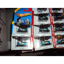 Hotwheels Bump Around Carrito Chocon Azul #145/250 Wh Racing