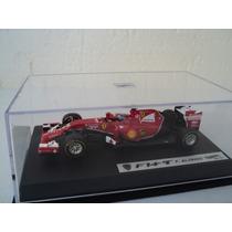 Fórmula 1 Ferrari F14 T Auto A Escala De Colección