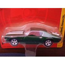 Johnny Lightning Forever 64 R8 1970 Camaro Z28 Dmh
