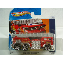Hot Wheels Camion De Bomberos 5 Alarm Tc 178/244 2011
