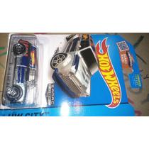 Hot Wheels Zamac 2015 Austin Mini Van Lyly Toys