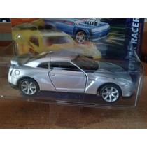 Maisto 2009 Nissan. Gtr 1/40 10 Cm
