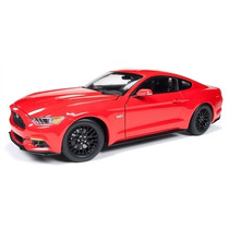 Ford Mustang Gt 5.0 2015 1/18 Autoworld