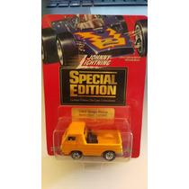 Johnny Lightning 65 Dodge Pickup Llantas Goma Edición Especi