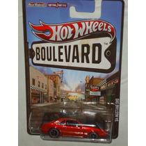 Hot Wheels Boulevard 84 Mustang Svo Llantas De Goma