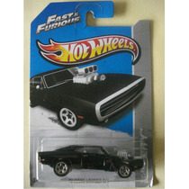 Hot Wheels / Rapido Y Furioso / Charger Negro Escala 1:64