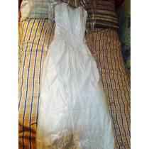 Vestido De Novia Color Ivory, Cola Y Velo.