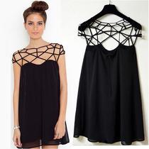 Vestido Negro Corto De Fiesta Casual Con Escote Cutout